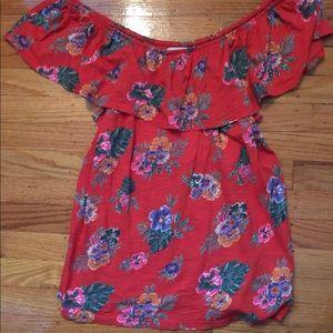 Off shoulders top floral design